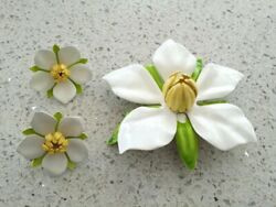 Vintage Sarah Coventry Antique White Enamel Flower Brooch And Earrings Japan A