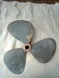 16x13x1 Lh Bronze Sailboat Propeller With Nuts And Key