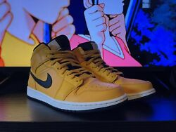 Jordan 1 Mid University Gold Yellow Pre Owned/replacement Box 2019 Size 11.5