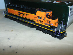 Kato Ho 37-6614 Bnsf Swoosh Logo Diesel With Dcc And Sound In Original Box..