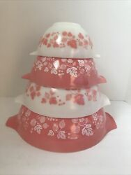 Pyrex Pink / White Gooseberry Cinderella Nesting Mixing Bowls Complete Set Of 4
