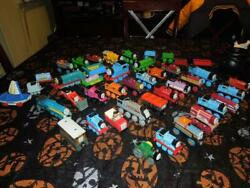 Large Lot Of Thomas And Friends Wooden/diecast Railway Magnetic Trains/cars