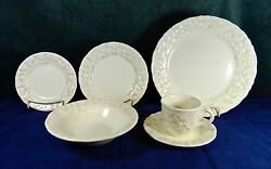 45-pieces Of Metlox/poppytrail Antique Grape Pattern China
