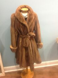 New Natural Wildtype Female Mink Fur Swing Short With Belt Made In The U.s.a.