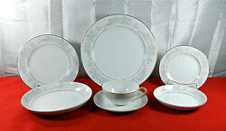 77-pieces Of Mikasa Isabel Pattern Fine China - Hard-to-find Pat