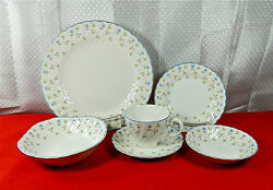 44-pieces Of Beautiful Johnson Brothers Melody Pat China - Excellent