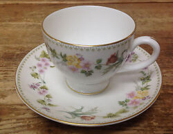 Mirabelle Wedgwood 1 Footed Cup Saucer Set Bone China Floral Rim R4537 White