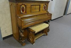 Universal Player Piano 1983 100+ music rolls included.