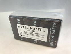 Bates Motel 1 Complete Master Card Set W/ Base Chase Autographs Costumes And Props