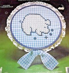CHICKEN SCRATCH KIT 3001 LE PIG EMBROIDERY CROSS STITCH LACE 7