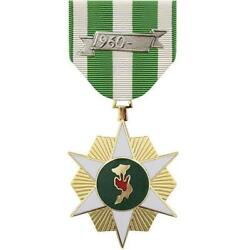 Full Size Medal Vietnam Campaign Made In Usa  With A Free Mounting Bar