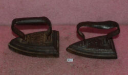 Lot Of 2 Vintage Cast Iron Flat Irons_white House Tipton 8 And 1x Unreadable.