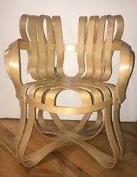 Cross Checkandtrade Chairfrank Gehry Ribbon Chair Vintage Excellent Condition