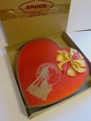 Vintage Large Brock Candy Co. Valentine Heart Candy Box 2lb Red Gold K-389