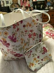 Lot of 3 Reversible Lg Tote Clutch amp; Scarf $39.99