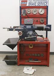Ammco 4000E Electronic Disc and Drum Brake Lathe w Stand & 3-Jaw Chuck Tool Kit