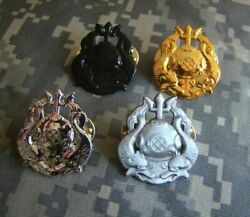 Four Us Army Master Diver Hat Lapel Pin Regulation Insignia Scuba Badge Military