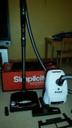 Mint Condition Simplicity Wonder Tandem Air Canister Vacuum Cleaner Set In Box