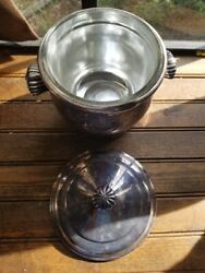 Vintage Wm. Rogers And Son Paul Revere 3027 Ice Bucket Complete With Insert