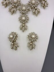 GORGEOUS VINTAGE STANLEY HAGLER PEARL SET. Necklace And 1 Pairs Of Earrings