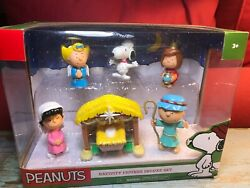 New Peanuts Nativity Figures Deluxe Set Snoopy Charlie Brown Linus Lucy Sally