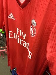 2018/19 Real Madrid Fc 3rd Soccer Jersey Youth Large Red New With Tags