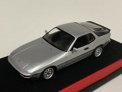 1/43 Minichamps Porsche 924 Coupe From 1984 Silver Leather Base. A1015