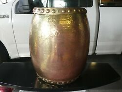 1970and039s Large Vintage Decorator Brass Garden Seat With Removable Top