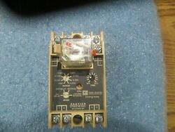 Cutler-hammer Model Protmr Program Timer With Relay. Style No 9084a61g01
