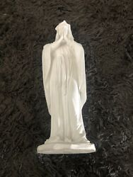 Praying Madonna Blessed Virgin Mother Mary 12 Inch White Statue