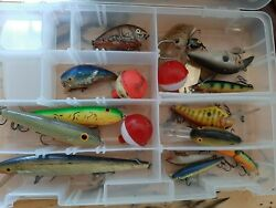Fishing Lures Used Lot 13 Lures Crankbait Fresh Water With Case