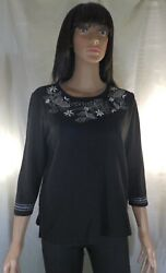 Women Samantha Grey Knit embellished Scoop Neck Blouse Black and White Small $15.00