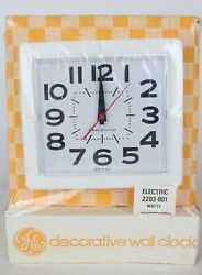 Nos Vintage Mid Century General Electric Ge 2203-001 White Plastic Wall Clock