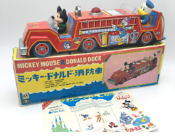 Antique Toys 増田屋斎藤貿易 Mickey Mouse And Donald Duck Fire Engine Made In Japan Rare