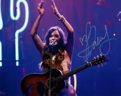 Kacey Musgraves Signed Autograph 8x10 Photo - Sexy A Very Kacey Christmas, Acoa