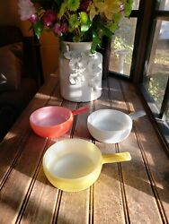 3 1940and039s Maid Of Honor Bake W/ Handles Glass-bake Milk Glass Soup Red Yellow Wh