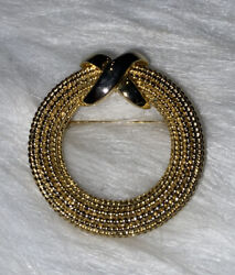 Vtg Signed Mimi Di N Dated 1985 Textured And Shiny Gold Tone Wreath Brooch Pin