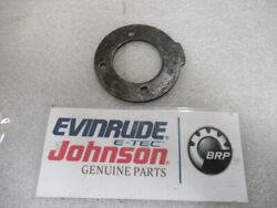 D4a Johnson Evinrude Omc 319746 Retaining Plate Oem New Factory Boat Parts