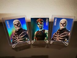 Lot 3x Ghoul And Skull Trooper Holofoil + Base Fortnite Trading Cards Series 1