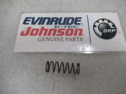 Q2b Johnson Evinrude Omc 345171 Thermostat Spring Oem New Factory Boat Parts