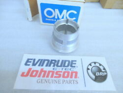 P34 Johnson Evinrude Omc 911750 Bearing Carrier Oem New Factory Boat Parts