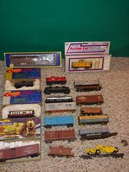 20 Vintage Ho Passenger,freight Train Cars,boxes,kits,varney,roundhouse,athearn