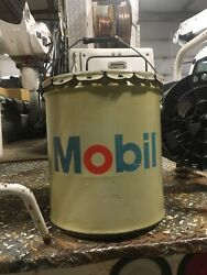Vintage Mobil Oil Cans Grease Old 1980s Origional 5 Gallon