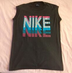 Vintage Nike Blue Tag T-shirt Classic 80andrsquos Fashion Bright Block Letter Graphics