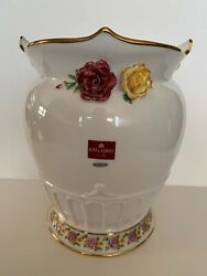 Royal Albert Old Country Roses Vase With Applied Roses 2008 Bone China