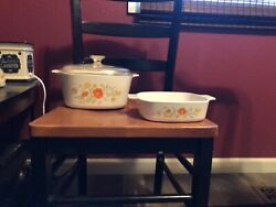 Vintage Pyrex Baking Dish With Lid