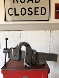 Vintage National Tool Company Bench Vise