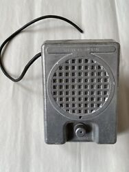 Drive In Movie Theater Speaker. Selling One Speaker For 90.00 + 25.00 Shipping