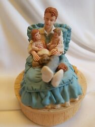 Vintage House Of Lloyd 1993 Bedtime Story Music Box Plays Hush Little Baby