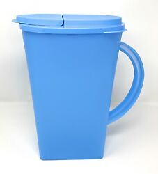 Tupperware Open House 1 Gallon Baby Blue Pitcher Seal New
